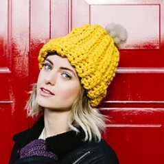 Ribbed Faux-Fur Pom Beanie