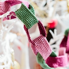 Free Pattern: Paper Chain